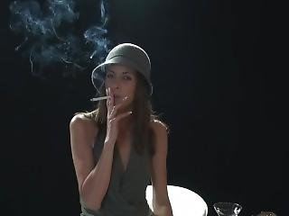 Classy Brunette Deeply Addicted To Smoking (hd)