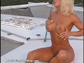 Karen Konyha 04 - Female Muscle