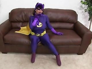 Batgirl V Tthe Vampiress