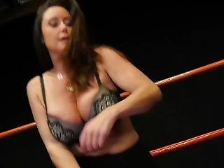 Sexy Lesben In Mixed Wrestling