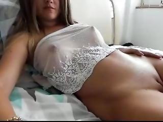 brunette, masturbation, petits seins, solo, webcam, jeune