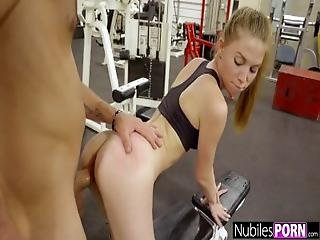 Agata is the super fit lady boxer that was spotted by a dude