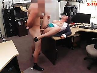 College Girl Did A Lap Dance And Screwed By Pawn Keeper