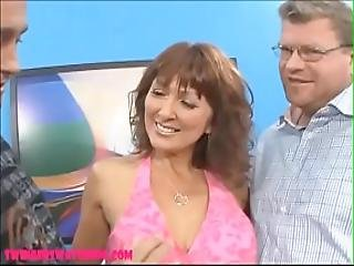 Swingerswatching.com Old Mom Wife Get Big White Cock In Front Of Husband