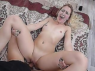 Horny Chick Sierra Nicole Wants It Hard Inside Her Wet Pussy