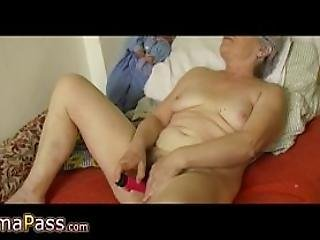 Granny Masturbate Hairy Pussy Use Dildo And Cucumber
