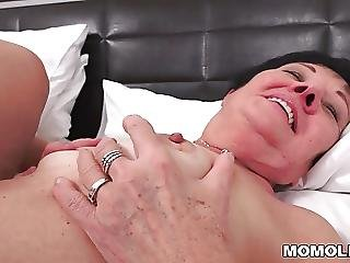 Kinky Grandma Fucked After Massage