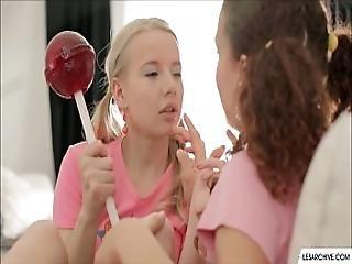 amateur, fingern, küssen, lesbisch, lesbischer Jugendliche, lecken, Oralverkehr, muschi, muschi lecken, sex, Jugendliche