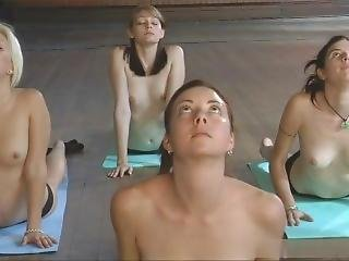 Yoga Girls.nude