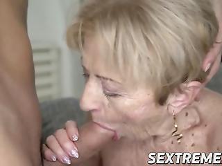 Ώριμη μαύρη γιαγιά μουνί