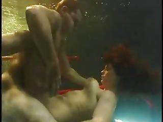 Xxxtube sexe sous l'eau vidéo