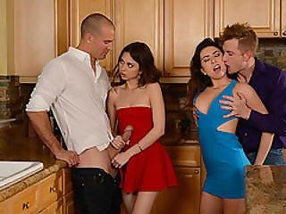 Melissa And Riley Fucks In A Foursome