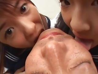 Japanse Schoolgirls Like To Kiss Old Man Part 2