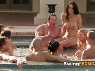 Southern Couple Is Ready To Join Other Swingers For A Hot Party
