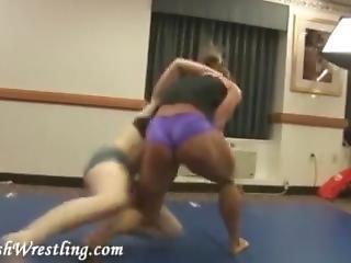 Monica Mowi Wrestling