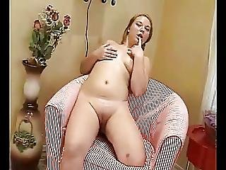 Cute Fat Chubby Teen Gf Showing Her Shaven Pussy On Cam