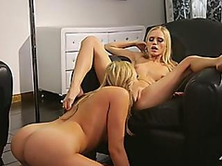 Sexy Mia Malkova Tongue Massaging Blonde Horny Pussy New Girlfriend
