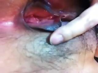 Filipina Playing With Pussy