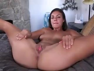 Tomi Taylor Masturbating