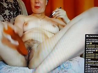 Milf With Dildo Fuck Her Pussy And Her Deep Belly Button