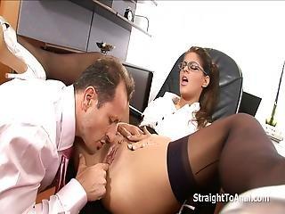 anal, blasen, brünette, sperma, ins gesicht, ficken, harter porno, Oralverkehr, sekretärin, eng