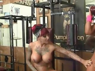 2 Fbb At The Gym