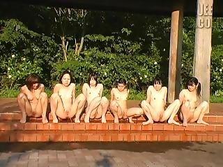 Bottomless Japanese Girls Pee Contest