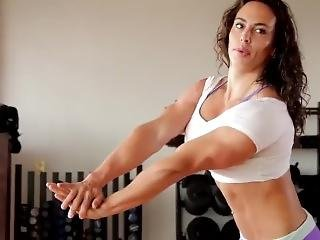 Musclewomanworkout