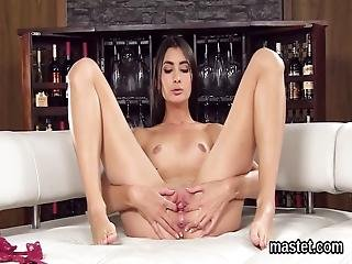 Wacky Czech Teen Stretches Her Spread Pussy To The Special
