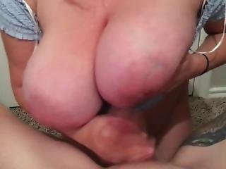 Huge Tits Amateur Mom Gives The Best Titfuck Blowjob