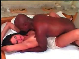 Black Dude Goes Crazy Over Lara S Pussy At Black With Latin