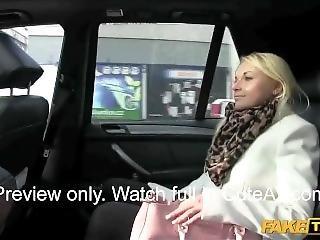 amatorski, duże cycki, publicznie, taxi