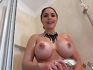 Marta Lacroft Pounded In The Bathroom For A Few Bucks