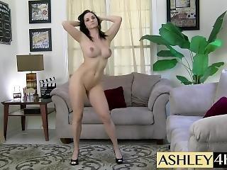Dancing Nude Ashley Sinclair