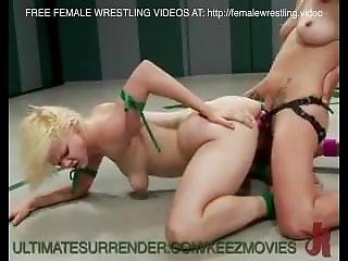 Female Wrestling Hot
