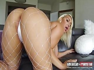 Big Booty Bounce Attack - Latina Bbw Has Dat Ass.