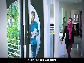 Teensloveanal - Cute Muslim Teen Anal Fucked In Hijab