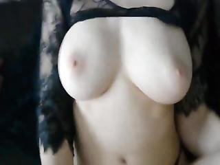 Busty And Sexy Amateur Girl Having A Real Orgasm Crazy Bitch