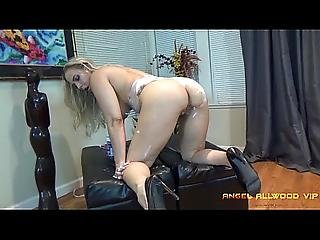 Angel Allwood Gets Wet Rubbing Her Pussy With Shaving Cream