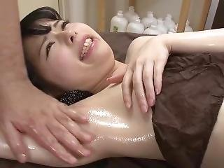 Japan Ticklish Armpit Massage 81