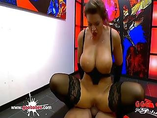 Big Tits Babe Chloe Lamoure Is Horny For Big Dicks Ggg