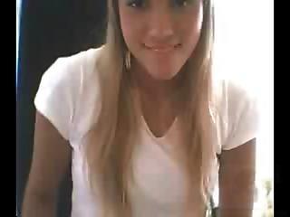 Piriguete Mostra Bocetinha Na Webcam