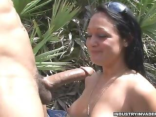 Spring Break Teen White Girl Washed Fucks On The Beach
