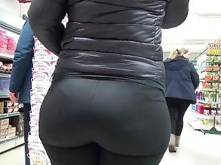Candid Plump Spandex Asses