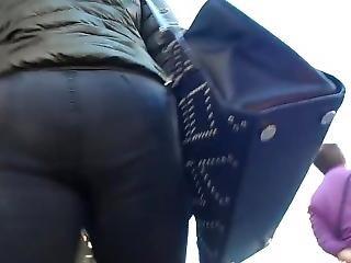 Bootycruise: Black Jeans Up-ass Cam 2