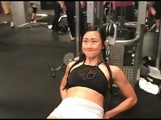 Petite Asian Doing Some Sexy Sit Ups Abs