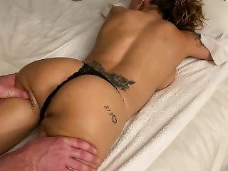 Fitness Milf Gets Deep Pussy Massage With Candle Wax On Ass
