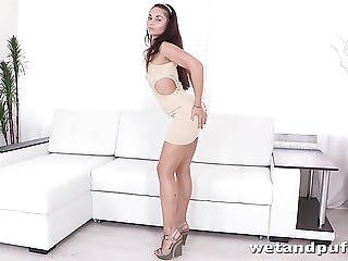 Milf Brunettes Orgasm From Hot Toy Fuck