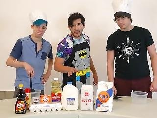 3 Hot Men Spray Their Thick Creamy Batter Everywhere