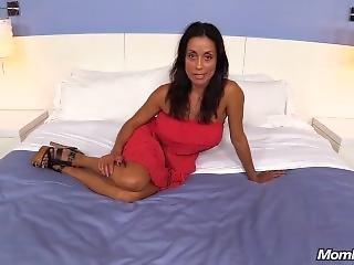 Mompov Big Tit Fit Girl Latina Milf Sloppy Blowjob Makes A Cum Covered Face